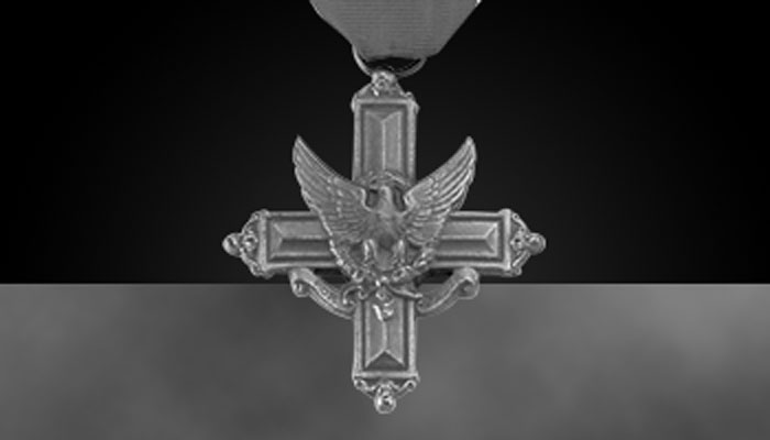 Distinguished Service Cross (greyscale)